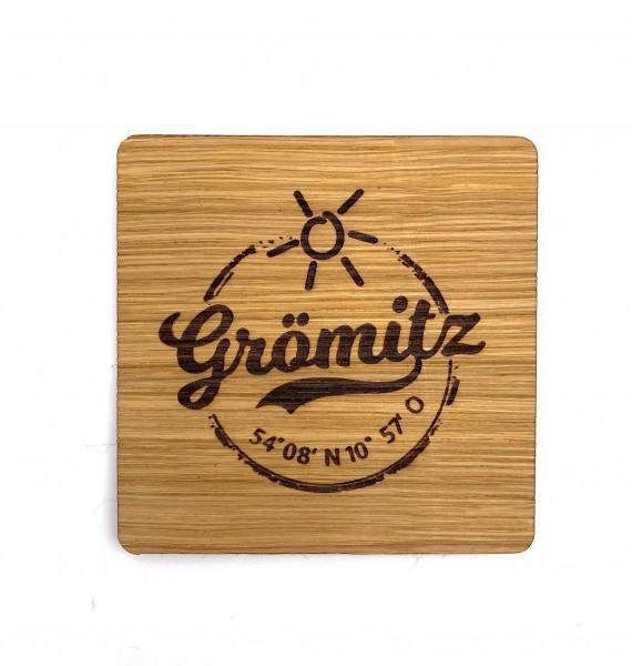 Untersetzer aus Eiche mit Grömitz-Logo graviert 11cm Durchmesser