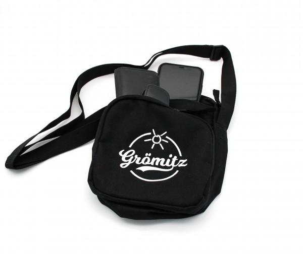 Body Bag Umhängetasche mit Grömitz-Logo bestickt