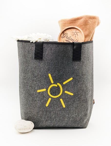 Shopper Filztasche mit Grömitz-Sonne bestickt und stabilem Tragegriff